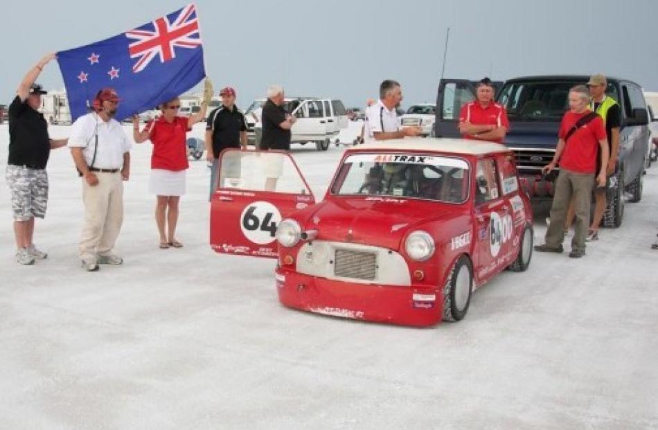 Kiwis smash Bonneville record in 'world's fastest Mini' | Otago