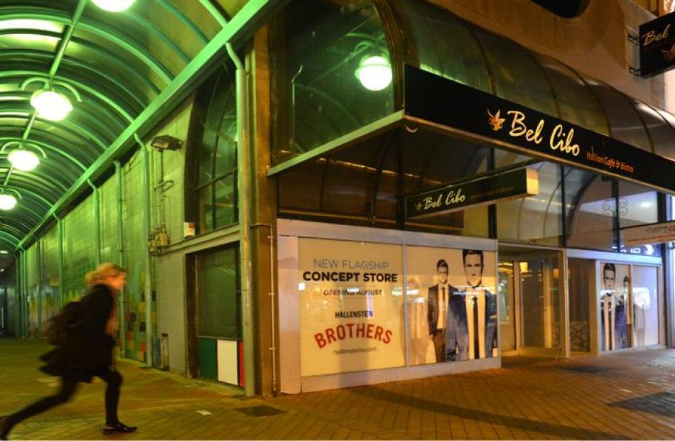 The vacant George St shop set to be the second flagship Hallenstein Brothers store in New Zealand...