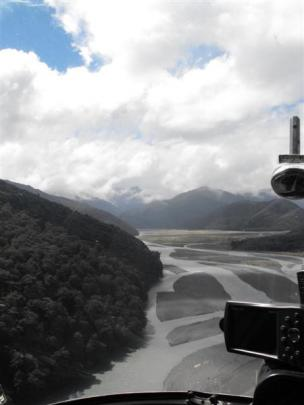 The view of the Landsborough River from the helicopter. Photos by Olivia Caldwell.
