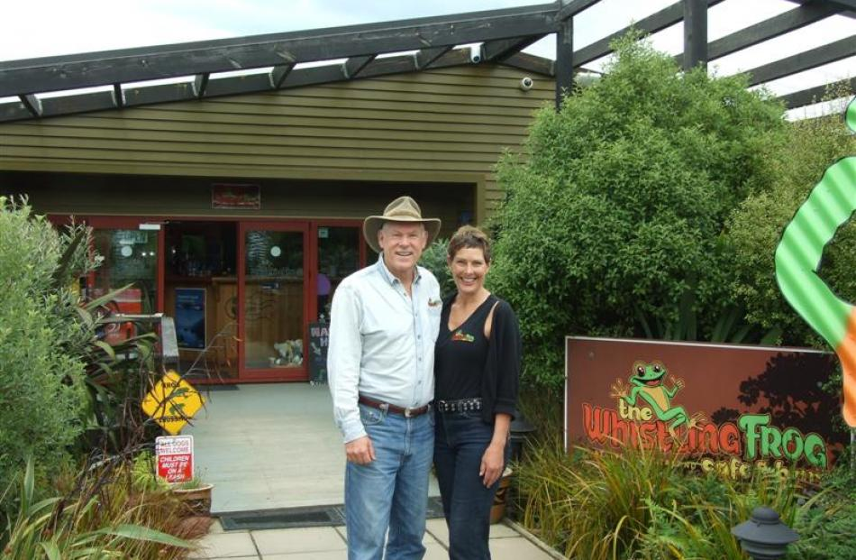 The Whistling Frog Cafe owners Paul and Lynn Bridson, outside the cafe. Photos by Helena de Reus.
