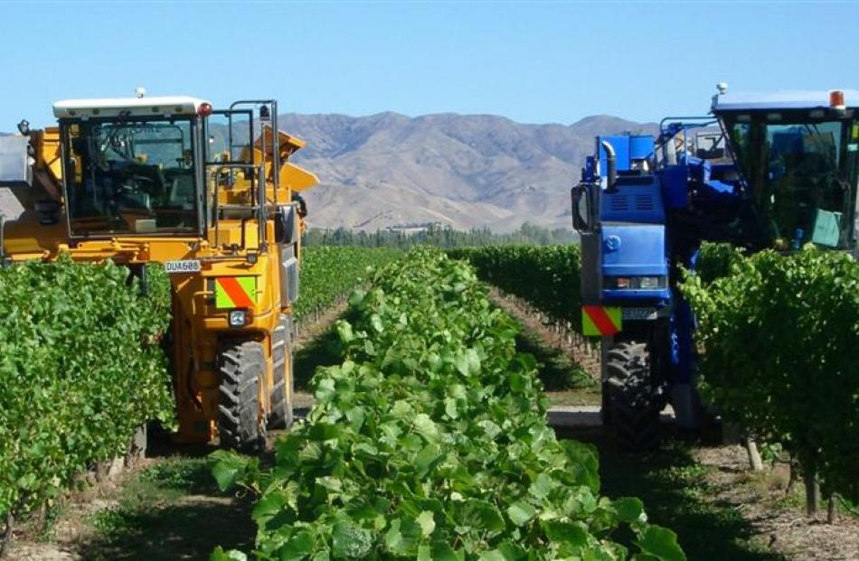 TracMap's TrackLink system is being used in vineyard harvesting and spraying. Photo supplied.