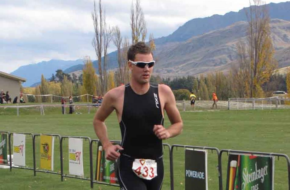 Triathlete Matt King/Keane on his way to winning the 2011 Salomon Series Lake Hayes Easter...