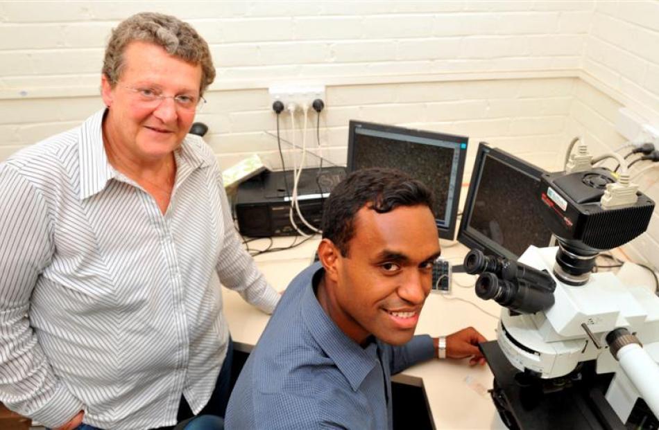 University of Otago researcher Dr Elspeth Gold and Otago medical student Nemani Delaibatiki...
