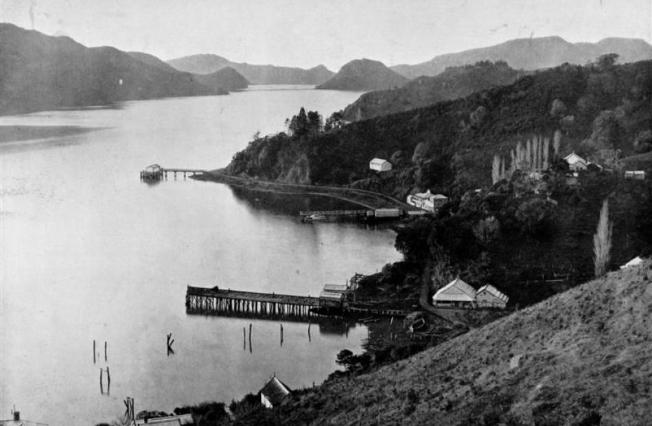 Whangaroa Harbour, North Auckland.- Otago Witness, 15.1.1913 Copies of picture available from ODT...