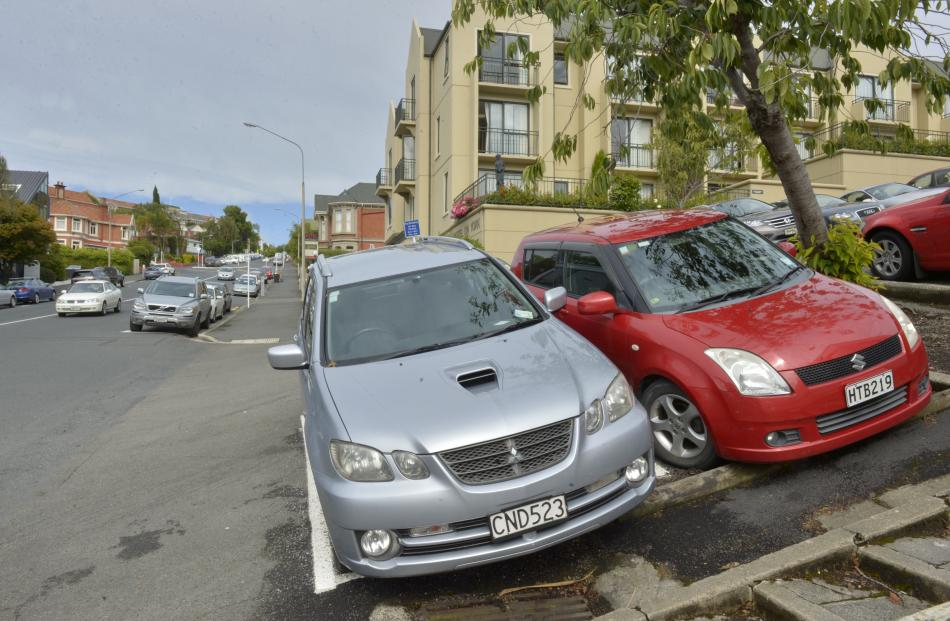 Cars legally parked on pay and display parks at the intersection of York and Haddon Pls. Photos by Gerard O'Brien.