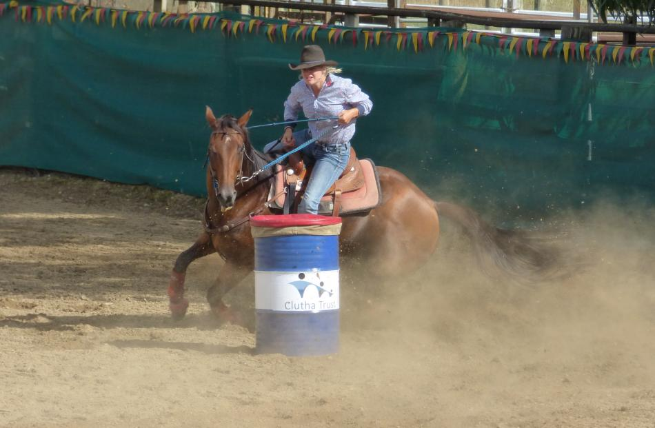 Wanaka's Brooke Elstob, pictured here with horse Puddly, was awarded the New Zealand rookie barrel racing title last month, after she competed in a series of events throughout the country. Photo: Rebecca Nadge