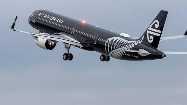 8563e32fb61f Second Air NZ flight turned around