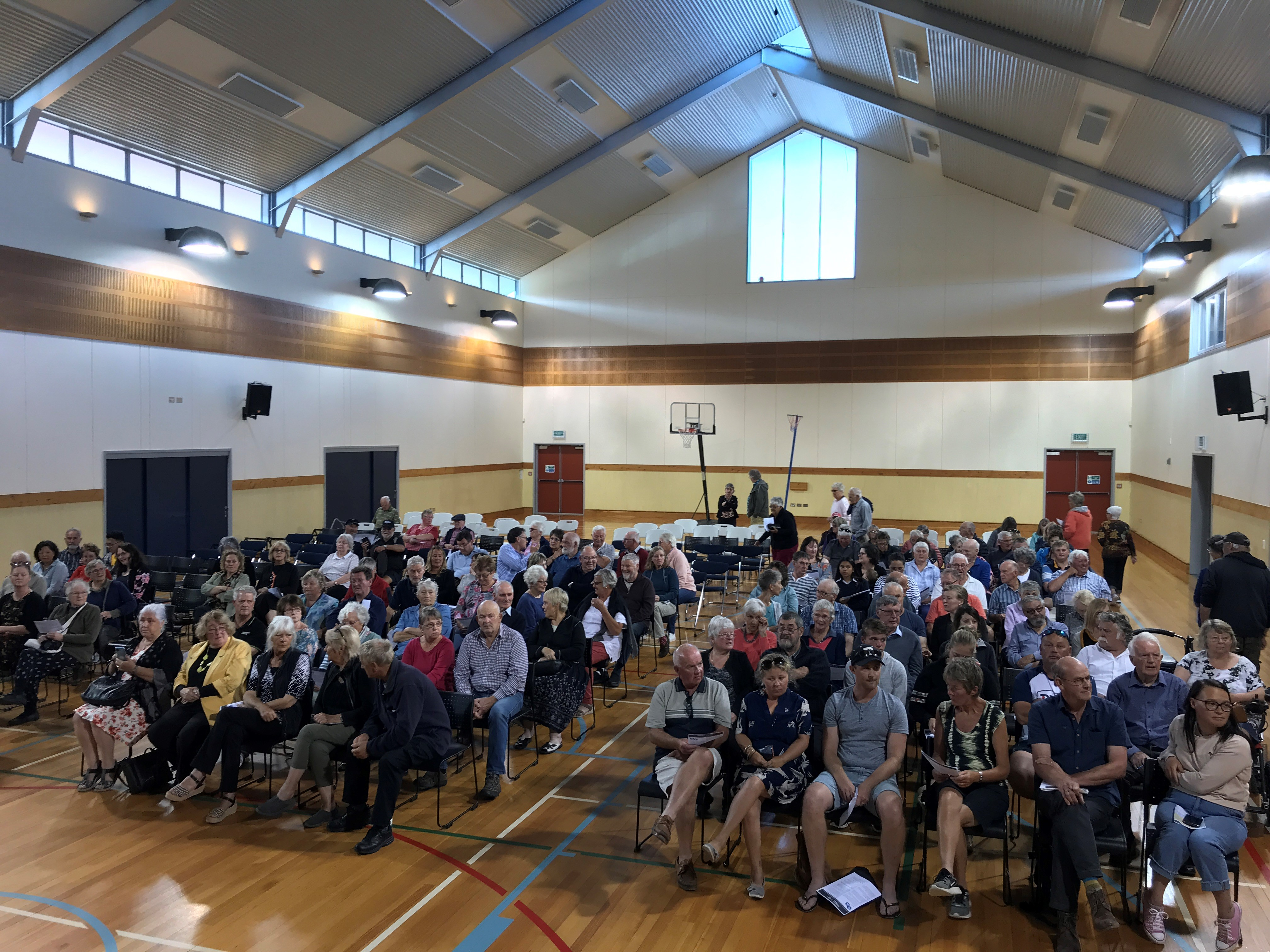 A large group gathered for the meeting in Waikouaiti tonight. Photo: Gregor Richardson